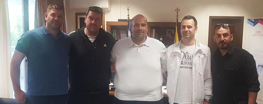 Ο κ. Γιάτσιος, ο πρόεδρος και τα Δ.Σ. του Διοικητικού Συμβουλίου της Ένωσης Υπαλλήλων Καταστήματος Κράτησης Γρεβενών