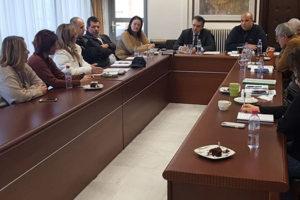 Συνάντηση στελεχών για έργα υποδομής στην Π.Ε. Γρεβενών